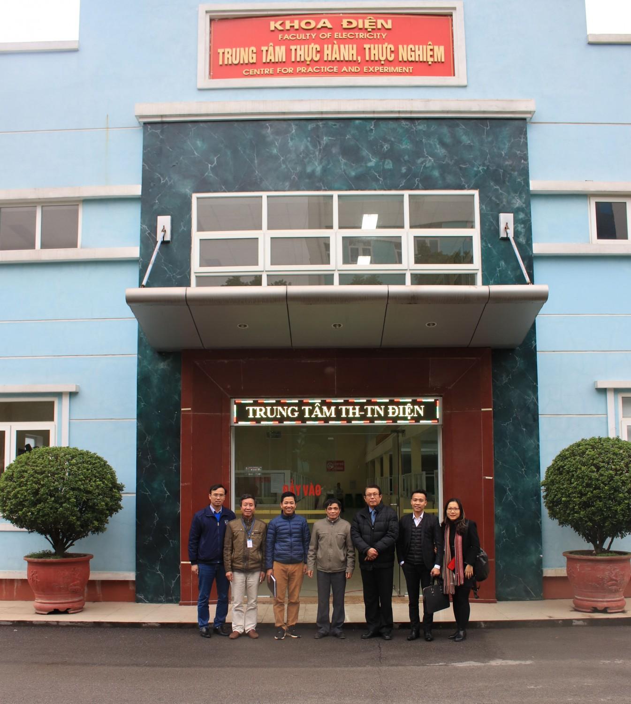 Đại học Sao Đỏ làm việc với Tập đoàn JHL GROUP - Đài Loan