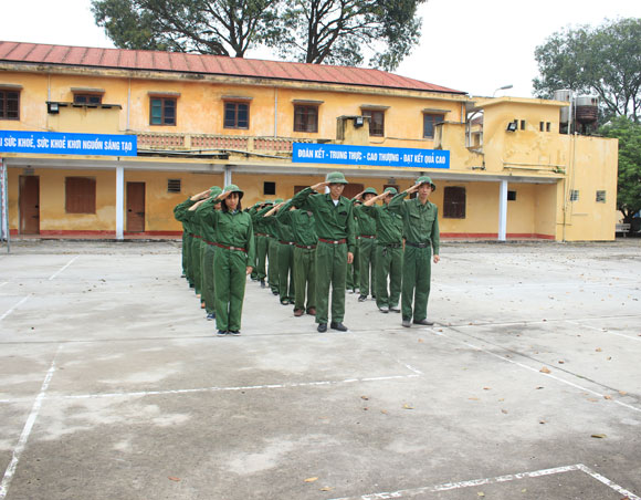 Lực lượng tự vệ trường Đại học Sao Đỏ ra quân huấn luyện năm 2019