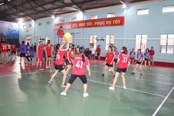 http://saodo.edu.vn/uploads/news/2020_01/bong-chuyen-nu.jpg