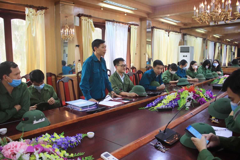Lực lượng tự vệ Trường Đại hoc Sao Đỏ thực hiện huấn luyện năm 2021